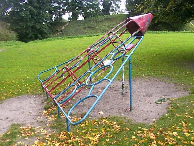 rocketship_sludgeg_playground_national_redtricycle