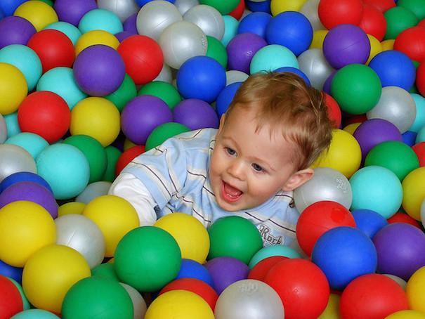 rt-baby-ball-pit