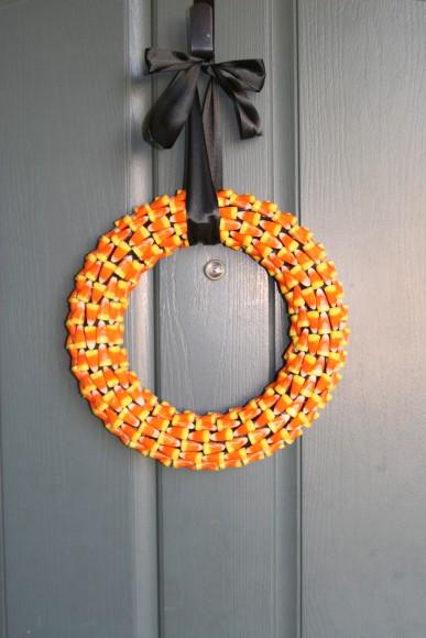 candy-corn-wreath-jellybeanjunkyard