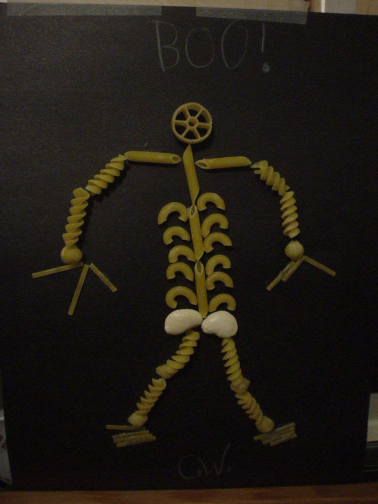 craft-pasta-skeleton-cc trish via flickr