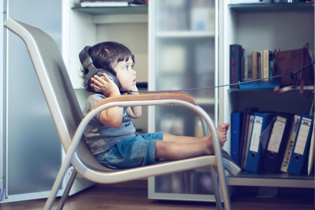 CRDT-kidsplay-10, music, indoors