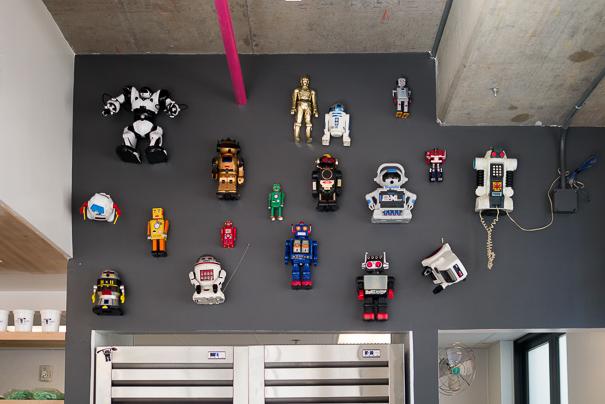 Little Giant robot wall