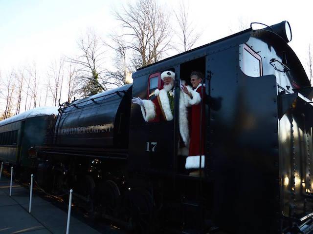 Santa and Mrs. Claus Elbe Train