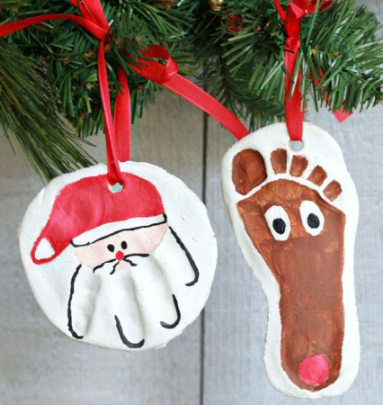 Holiday Art Projects With Your Baby S Hand Footprints