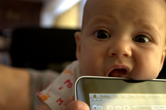 baby laptop cc Mihai Dragomirescu via Flickr