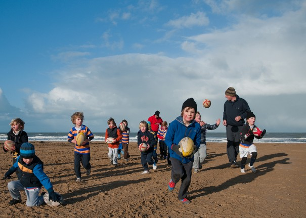 beach kids-cc-frans persoon via flickr