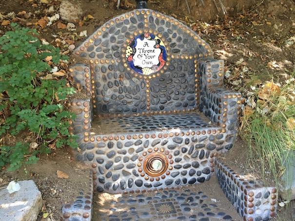 Garden Of Oz Throne