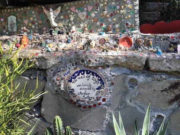 Muro de juguetes del jardín de Oz