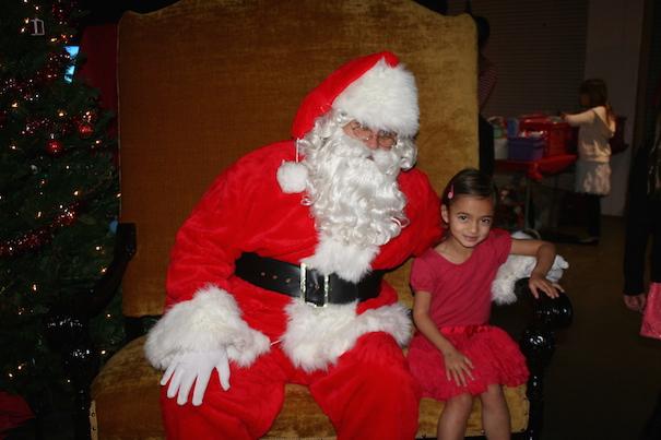 Holiday Signs Santa