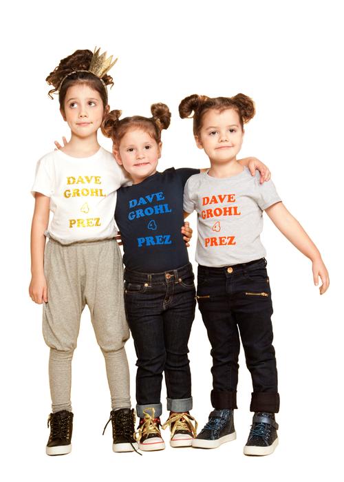Dave-Grohl-4-Prez-3-girls-20151117