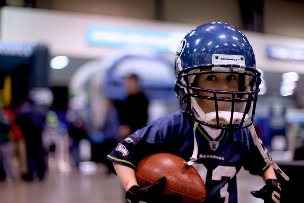 football helmet boy-cc-clappstar via flickr