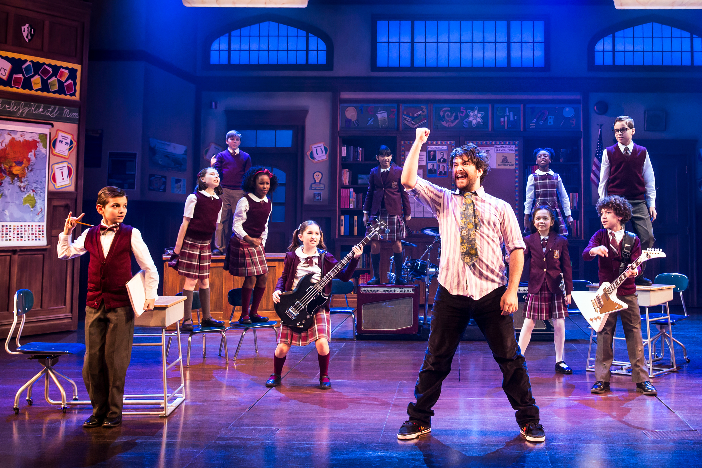 Alex Brightman and the kids of Broadway's School of Rock - The Musical Photo by Matthew Murphy