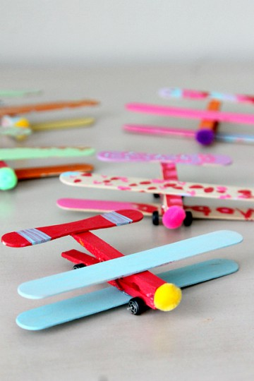 Momdot - Matchbox Car Airplane