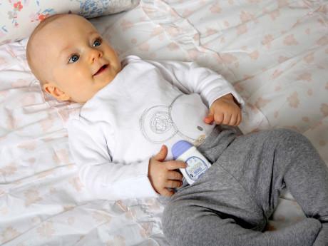 Snuza-Hero-Baby-With-Hero