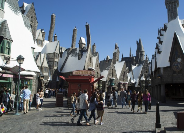 Hogsmeade at WWoHP USH Photo Credit Nathaniel Chadwick