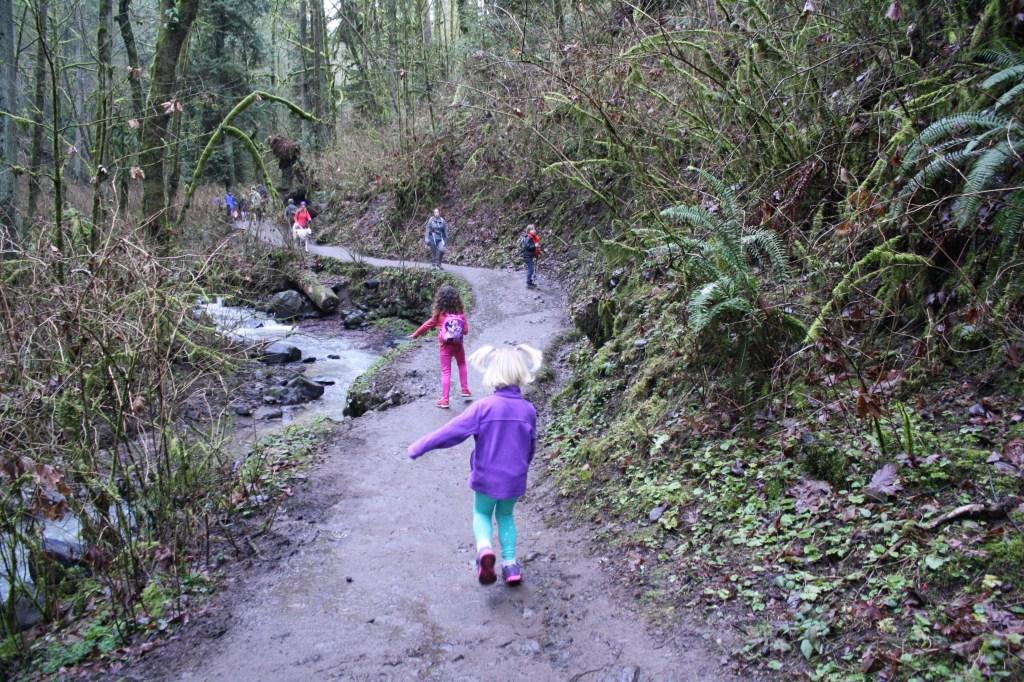 Family hiking Washington park