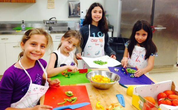 Kitchen Kids Camp
