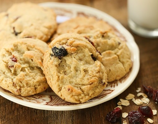 cranberry-almond-flour-cookies-recipe-featured-510x400