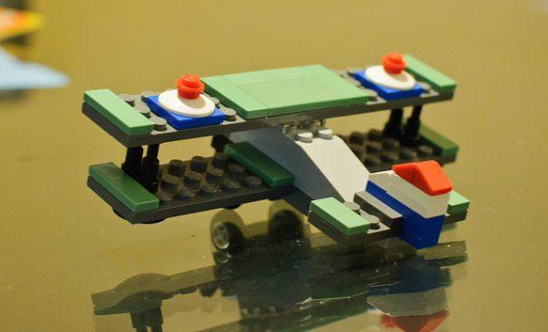 lego-plane