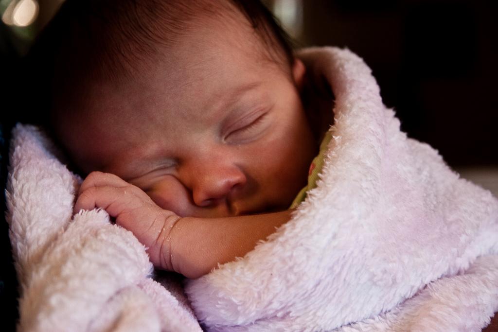 Cuddly baby cc Alan Strakey via Flickr
