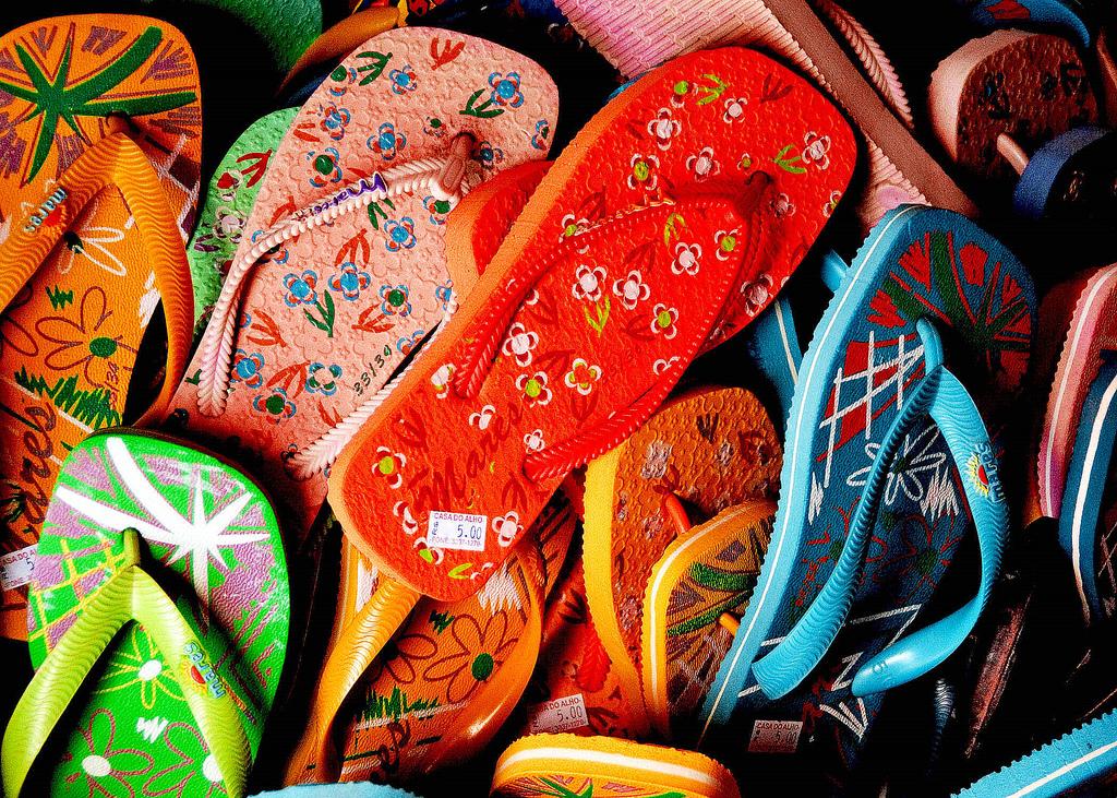 Flip Flops cc Jairo via Flickr