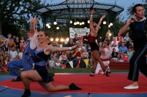 Midnight Circus in the Park 4