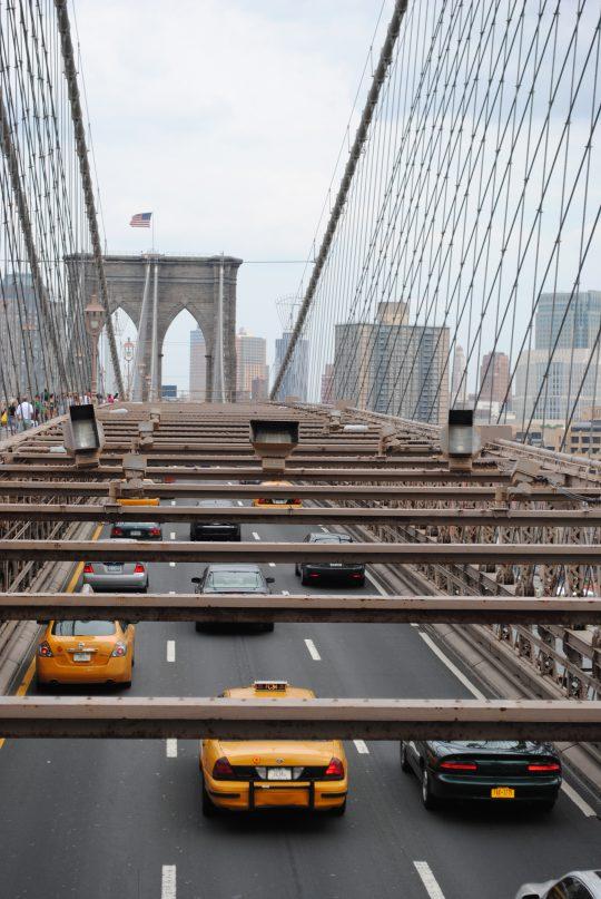 taxi-brooklyn-bridge