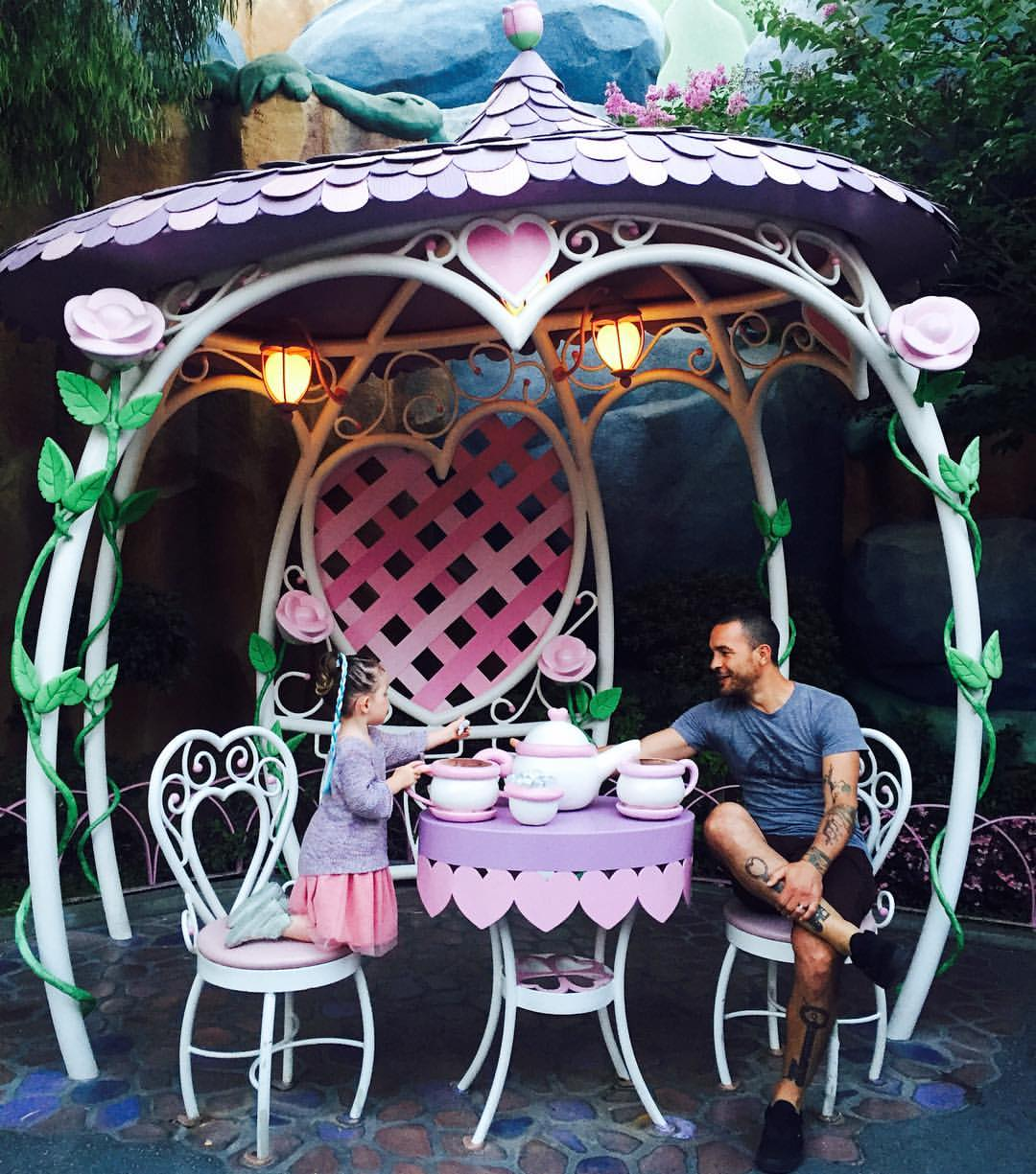 tea_party_disney