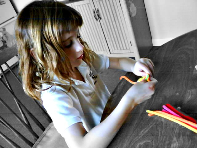 pipe cleaner kid crafting