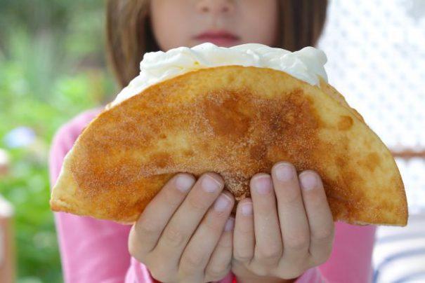 apple-pie-tacos