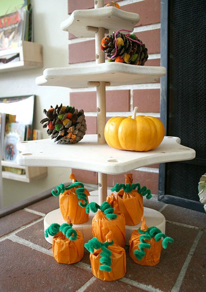 buggy-and-buddy-toilet-paper-roll-pumpkins