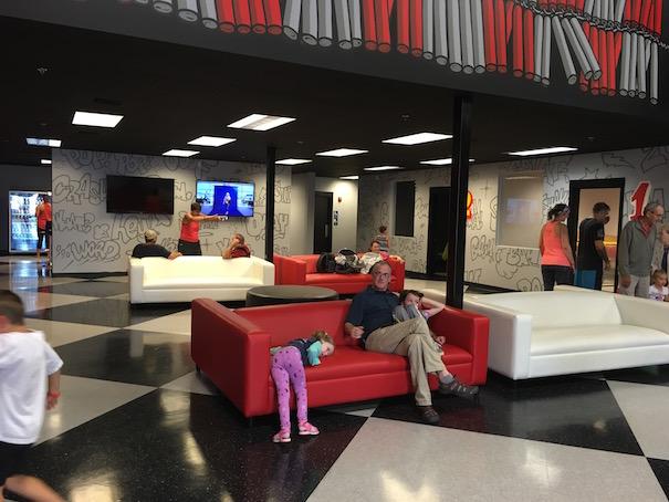 lounge-area-at-boomshaka