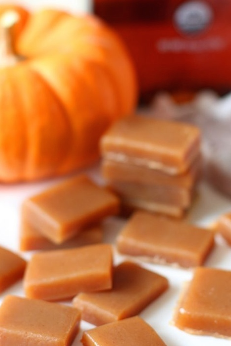 chewy-and-delicious-sugar-free-pumpkin-spice-caramels-707x1024