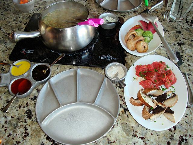 fondue-at-the-melting-pot-photo-by-jim-g-via-flick-creative-commons
