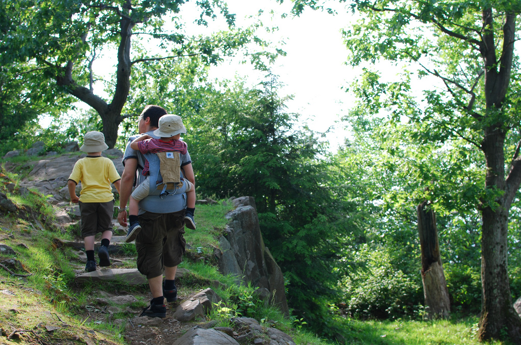 hiking-dad-crdt