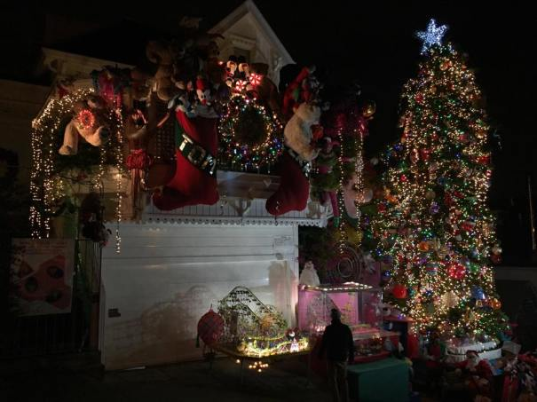 Best Christmas Decorations 2021 Bay Area Merry Bright The Best Holiday Light Displays In The Bay Area