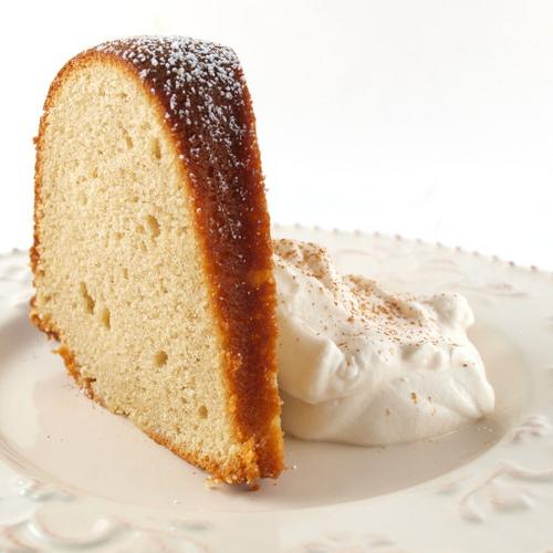 cinnamon-cream-cheese-pound-cake