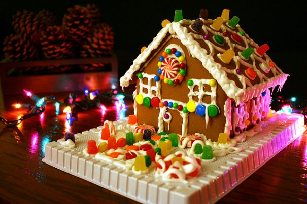 gingerbreadhouse-cc-marittoomashinnosaar-via-flickr