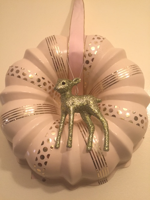 diy bundt pan wreath after