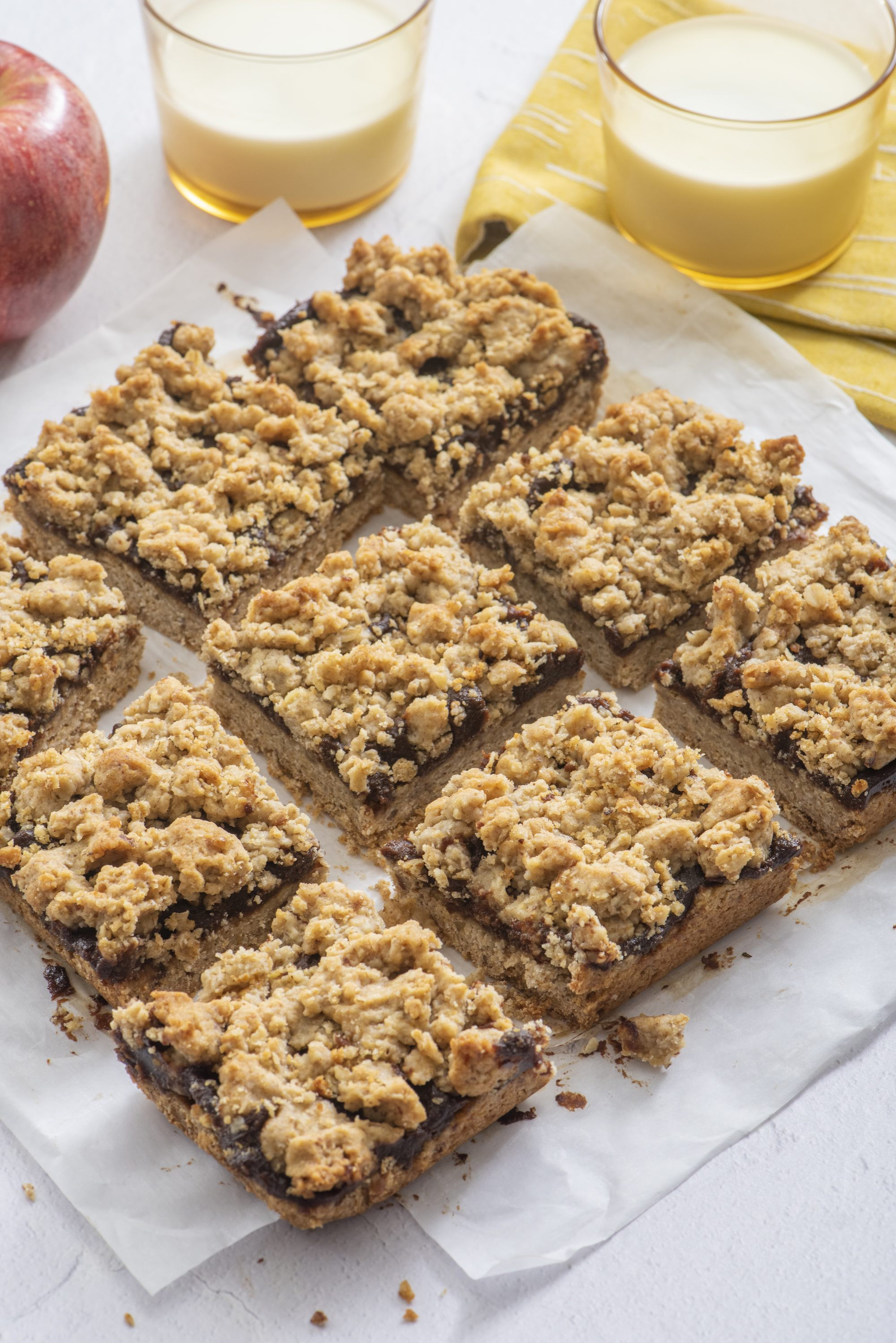 Fruit and Oat Crumble Bars