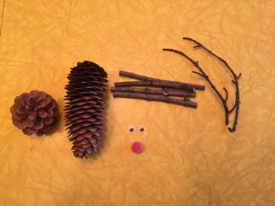 pinecone reindeer 1