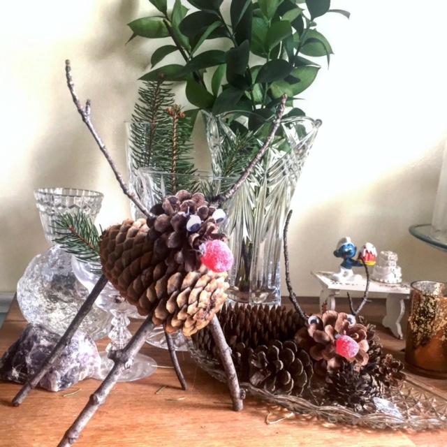 pinecone reindeer 6