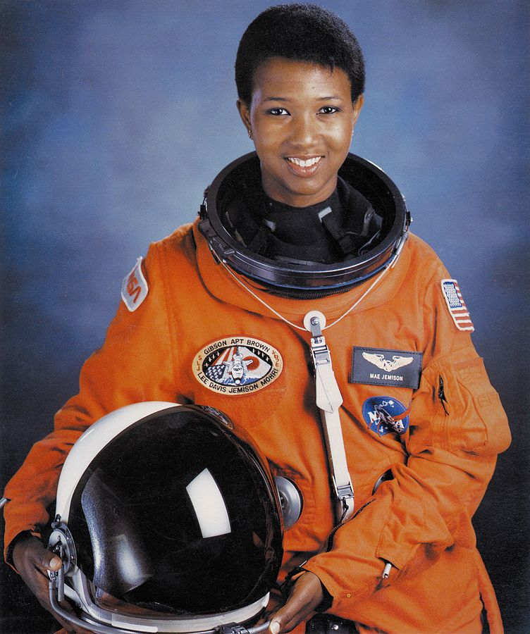 752px-dr-_mae_c-_jemison_first_african-american_woman_in_space_-_gpn-2004-00020