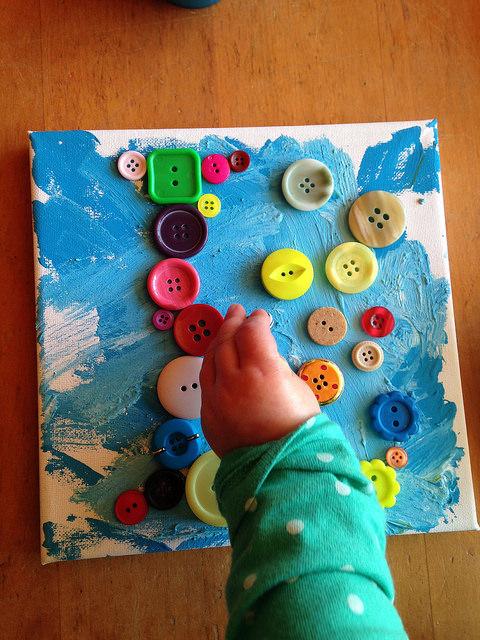 button-painting-sarah-joy-flickr
