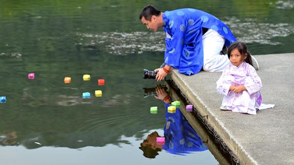 floating-lanterns