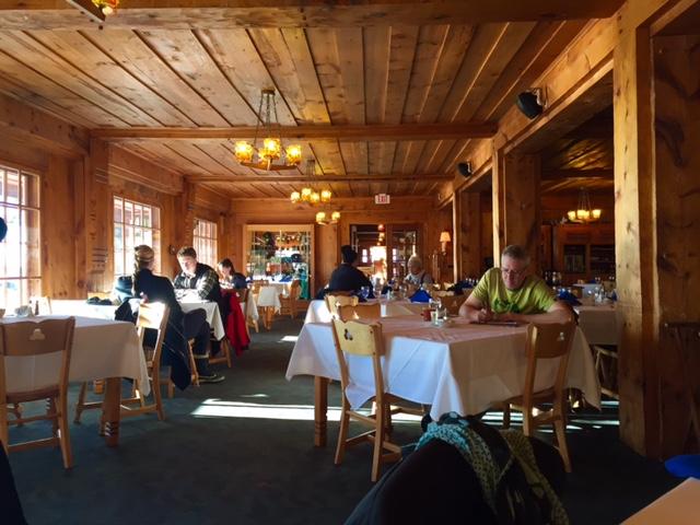 dining room at lutsen resort