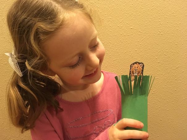 girl-with-groundhog-pop-up-craft-allison-sutcliffe