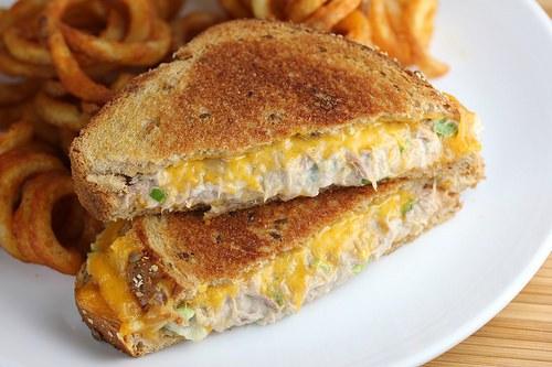 tuna_grilled_cheese