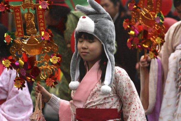 yearoftherabbit_elotroyo_lunarnewyear_redtricycle