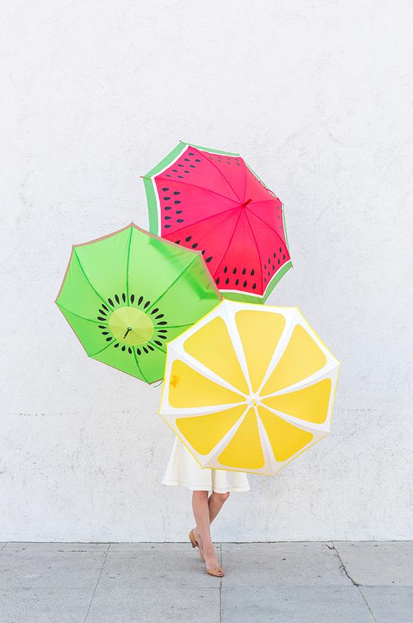 diy-fruit-slice-umbrella
